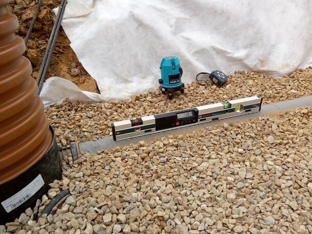 Контроль уклона дренажных трубопроводов